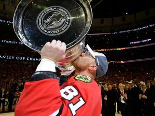 Hossa v hlasovaní NHL zdolal Šatana a dočkal sa veľkej pocty