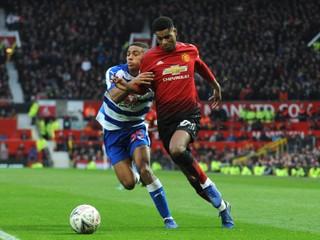 United vyhral pod Solskjaerom aj piaty zápas v rade, Fabregas sa lúčil s Chelsea