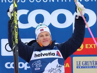 Nór Kläbo triumfoval v piatej etape Tour de Ski, Koristek skončil v šiestej desiatke