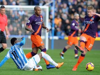 Manchester City hladko zdolal posledný tím a priblížil sa Liverpoolu