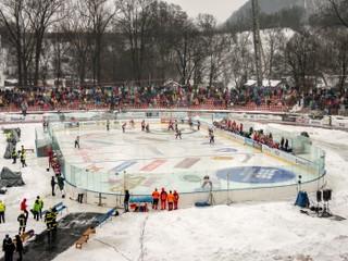Hokej na Winter Classic pripomínal vodné pólo na korčuliach