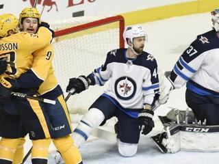 Winnipeg nemôže počítať s kľúčovým obrancom minimálne do apríla