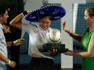 Wang Ja-fan získala svoj prvý titul na okruhu WTA, v Acapulcu zdolala Keninovú