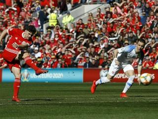 Slovenskí futbalisti stratili v kvalifikácii prvé body, prehrali vo Walese