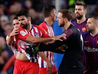 Výhovorky nepomohli. Costa si pre urážku rozhodcovej matky do konca sezóny nezahrá