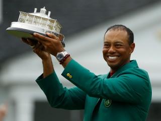 Bola z neho troska. Woods predviedol jeden z najväčších comebackov