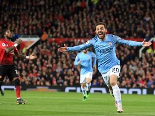 Manchesterské derby zvládlo lepšie City, Arsenal opäť zaváhal