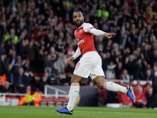 Nepoučil sa. Futbalista Arsenalu opäť inhaloval z balónika