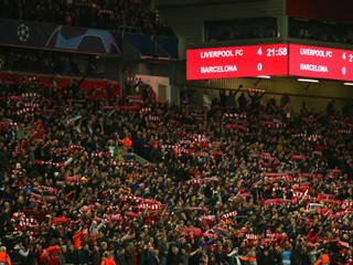 Pri skvelej akcii Liverpoolu pôsobili esá Barcelony ako dorastenci