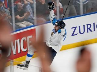 Fíni porazili v semifinále Rusko a stali sa prvým finalistom