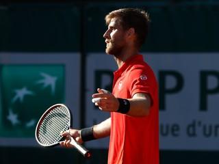 Kližan si nevylepší kariérne maximum na Roland Garros, v treťom kole nestačil na Chačanova