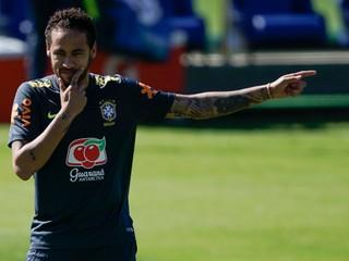 Neymar odmietol obvinenie zo znásilnenia, predložil dôkaz
