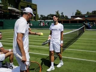 Vlaňajší Wimbledon bol bodom zlomu. Djokovič sa môže vyrovnať legende