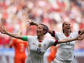 Američanky zdolali Holanďanky a získali štvrtý titul majsteriek sveta