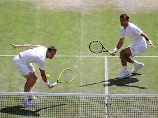 Polášek si vo finále Wimbledonu nezahrá, neuspel v semifinále štvorhry