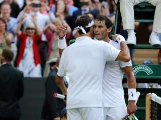 Nadal chváli Federera: Na kurte sa stále dokáže pohybovať rýchlejšie ako ktokoľvek iný