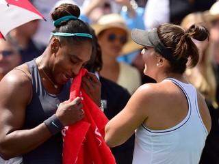 Stihli odohrať iba štyri gemy. Serena skrečovala finále, Andreescuová má druhý titul