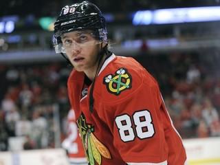 Má nábeh na stobodovú sezónu. Američan dominuje v NHL