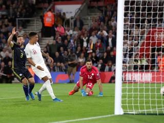 Ronaldo strelil štyri góly, Česi majú dôležitú výhru. Kosovo potrápilo Anglicko