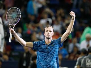 Medvedev zvíťazil na turnaji v Šanghaji. Predvádza najlepší tenis v živote, tvrdí Zverev