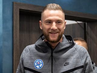 O Škriniara sa zaujíma Manchester City, znie z Anglicka