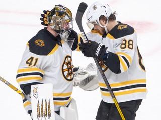 Halák odchytal svoj zápas číslo 500 v NHL, blysol sa čistým kontom