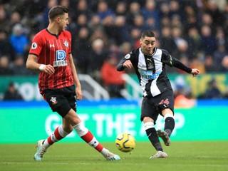 Dúbravka opäť čaroval. Newcastle otočil zápas so Southamptonom