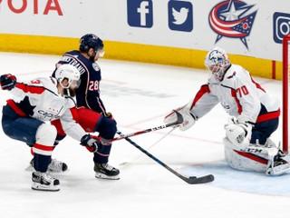 Daňo pri tohtosezónnom debute v NHL vyhral, Slováci nebodovali