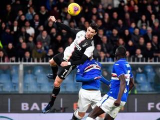 Poprel gravitáciu. Ronaldo dal gól z neuveriteľného výskoku