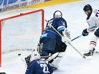 Hokejová liga sa rozdelí na dve časti. Šatan a Lintner vyskúšajú novinku