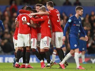 Kluby potrebujú fanúšikov. United môže bez nich prísť o sto miliónov