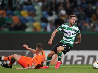Šporar si otvoril strelecký účet v Sportingu, Škrtel ho neubránil