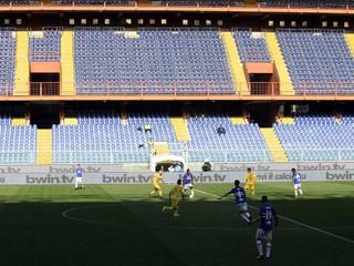 Spustia ďalšiu futbalovú ligu, hráči si musia zvyknúť na prísne pravidlá