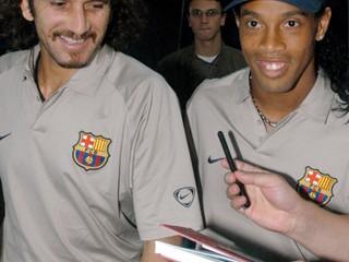 Bývalý brankár FC Barcelona má koronavírus, je v kritickom stave