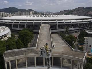 Ikonický futbalový štadión sa zmenil na nemocnicu, pri rekonštrukcii vznikol požiar
