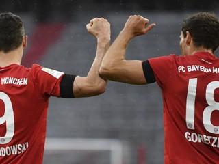 Bayern si podal Frankfurt, Dortmund zobral Wolfsburgu všetky body