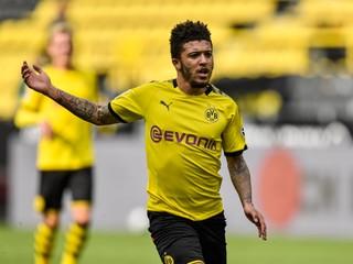 Robí Dortmund zlú politiku? Chcú na hráčoch iba zarobiť, vraví konkurencia