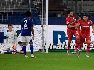 Leverkusen uhral remízu na ihrisku Schalke a v tabuľke je už na štvrtom mieste