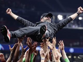 Podarilo sa to po 30 rokoch. Liverpool oslavuje zisk titulu