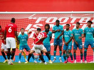 Manchester United strelil päť gólov, žiaril aj Vardy. Duda zažil ďalší neúspešný zápas