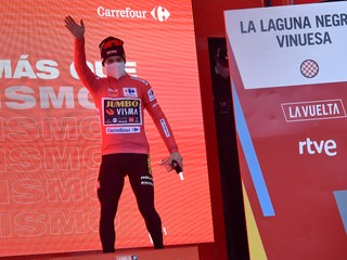 Roglič zvládol kľúčovú etapu, obháji triumf na Vuelte