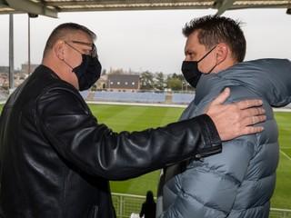 Kováčik sa na tlačovke rozplakal a chce, aby Tarkovič ostal