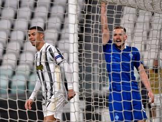 Ronaldov 750. gól musela najskôr overiť žena. Teraz ho čaká duel s Barcelonou