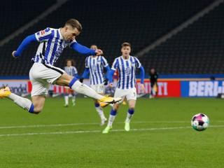 Pekarík bol druhou hviezdou derby. Chlapec búrlivo oslávil jeho gól