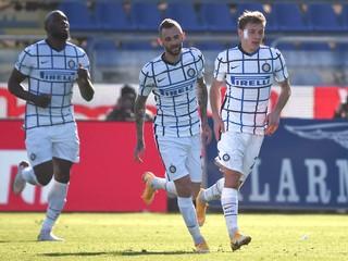 Inter aj Neapol museli otáčať skóre, Ronaldo strelil dva góly