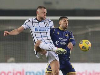 Škriniar bol gólový hrdina, Inter udržal v boji o čelo tabuľky