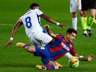 Bez Messiho zachraňovala Barcelona iba remízu, Sevilla doma uspela