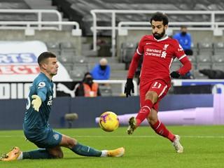 Dúbravka bol konečne na súpiske Newcastlu, zápas s Liverpoolom sledoval z lavičky