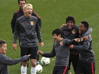 Čínska Chelsea si trúfa aj na Messiho a spol.