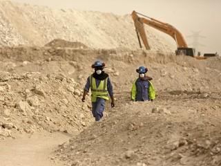Katar je otrokársky štát a FIFA o tom vie, tvrdia organizácie